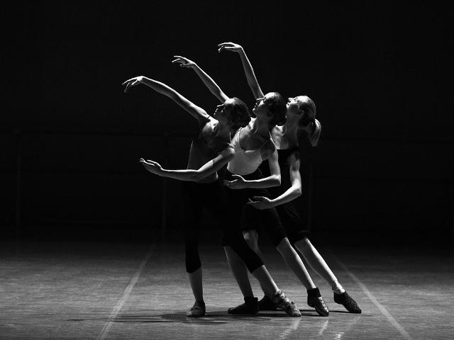 ballet-1376250_960_720.png