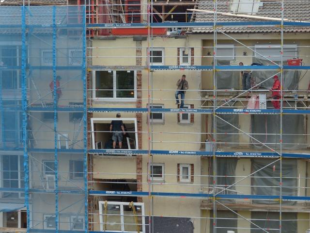 housebuilding-116285_960_720.png