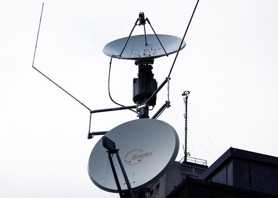 satellite-dishes-195128_960_720.jpg